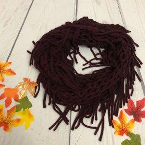 Maroon/Burgundy Infinity Knit Fringe Scarf